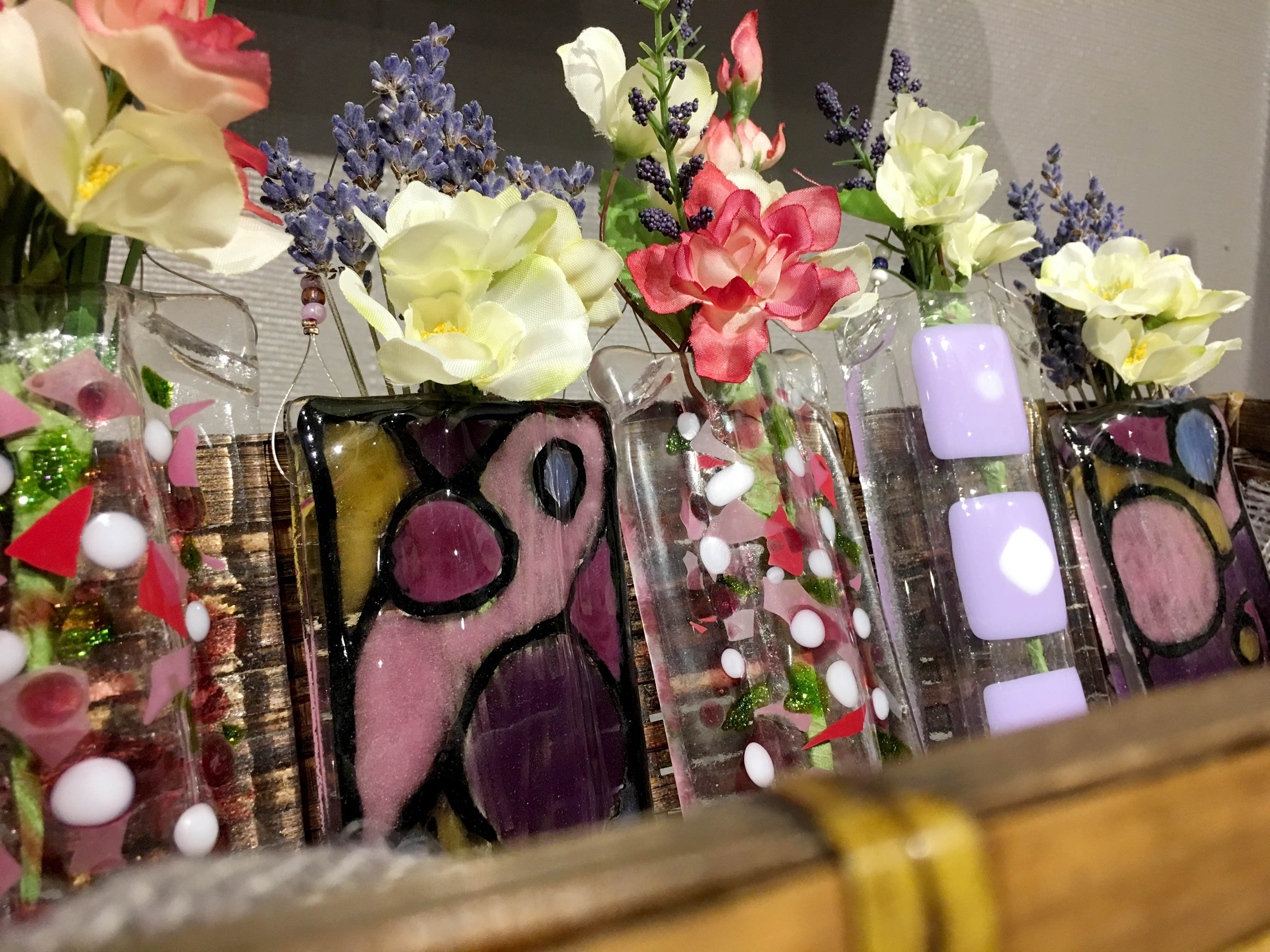 2016-holiday-popup-shop_glass-decorations