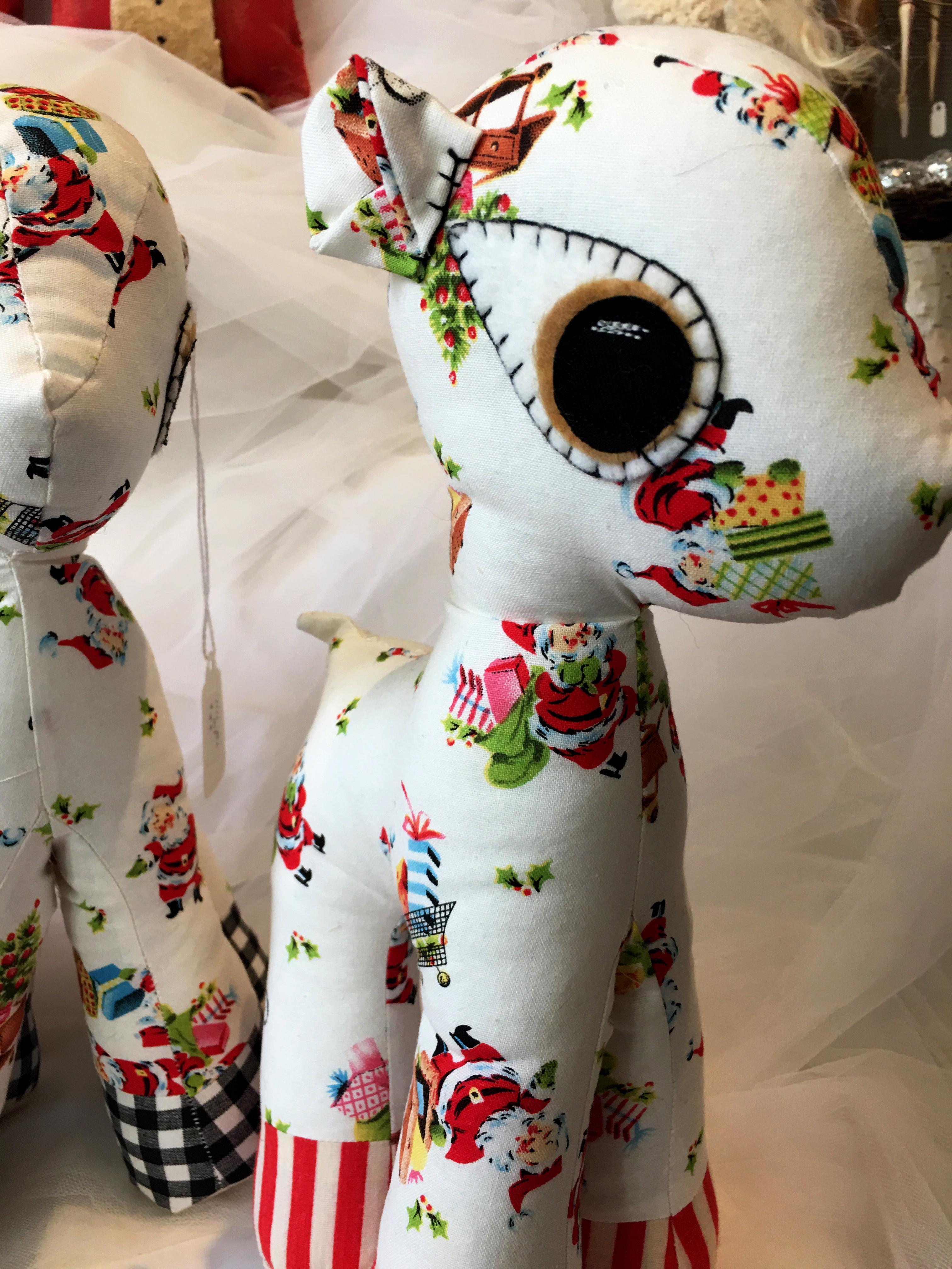2016-holiday-popup-shop_joyanna-ellis